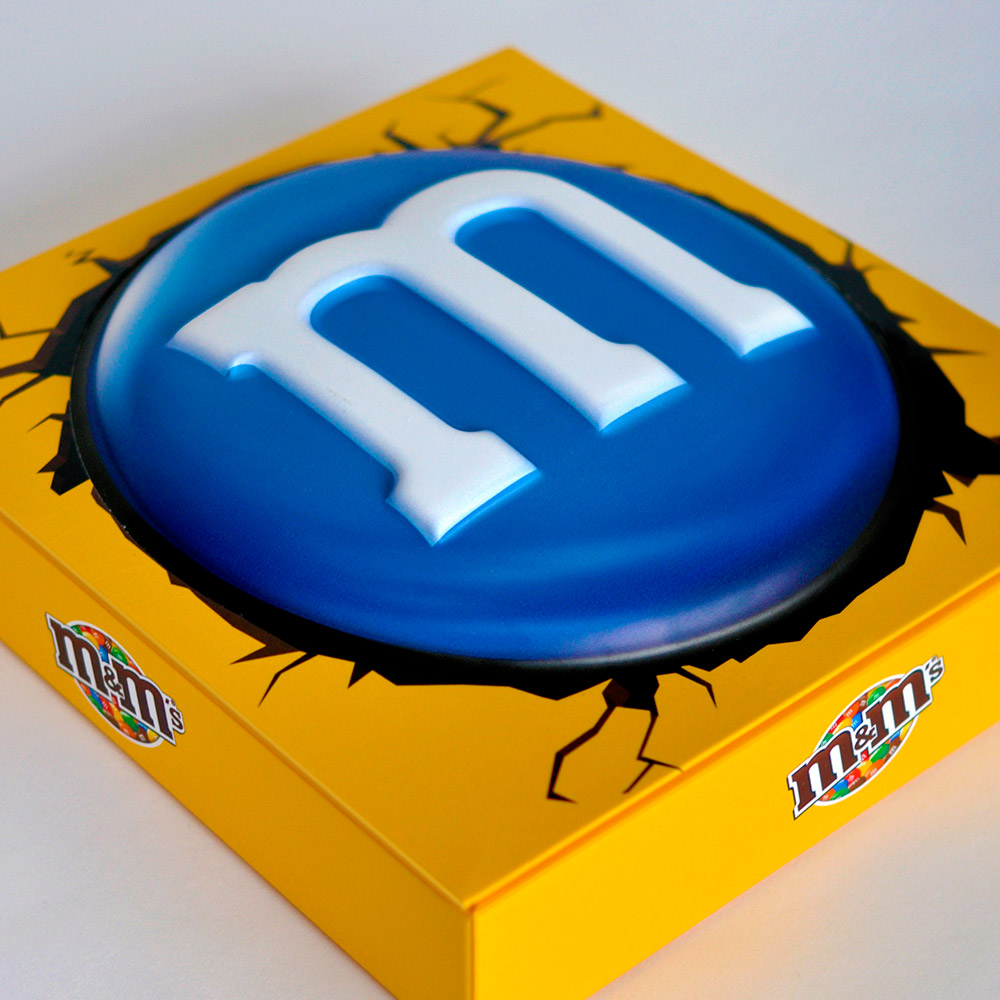 M&M'S MEGA LIMITED EDITION